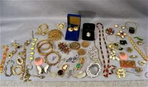 156J: Lot of costume jewelry, bracelets, earrings, pins