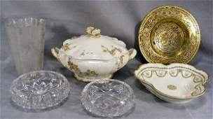 194V Lot including 8 etched glass vase three lobe Li