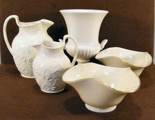 "3L: Two Wedgwood Etruria pitchers and 7"" urn together w"