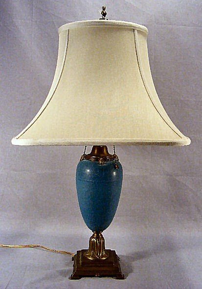 19B: Pottery lamp w/ brass base. Attributed to Rosevill