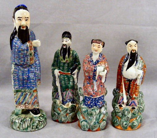 20Z: Lot of 4 Chinese mud figures, tallest measures 9.2