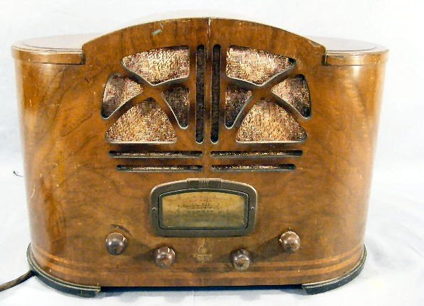 "10E: Emerson inlaid veneer radio, stamped on bottom ""Ma"