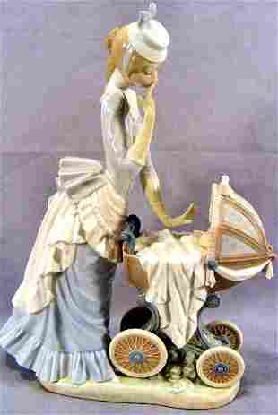 Large Lladro figurine, lady with baby carriage, exc