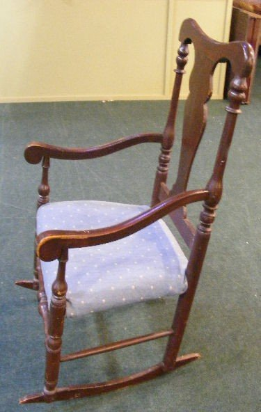 247A: Antique Queen Anne rocking chair. - 2