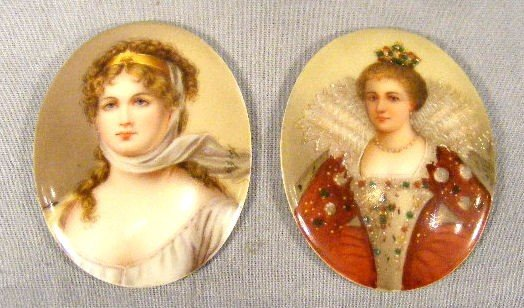 "3A: Two Firenze portraits on porcelain, 2.5""X 2"", Queen"