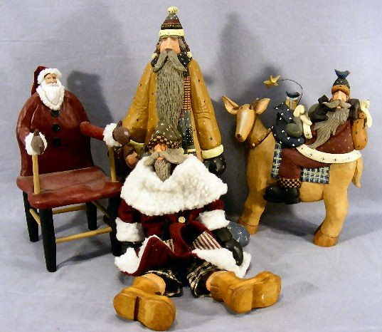 14G: Four Williraye Studio figurines, Santas, tallest 1