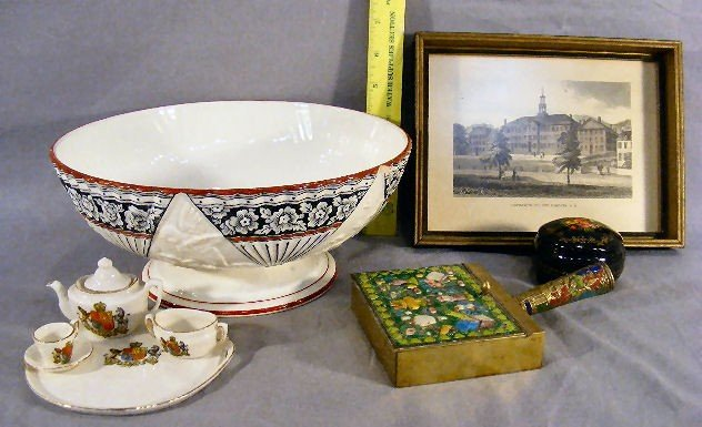 12B: English pottery fruit bowl (chip), lacquered box,