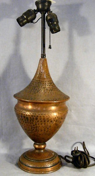 13B: Arts &  Crafts style hammered copper lamp base, un