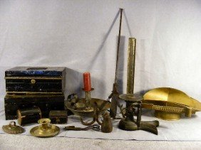 24P: Lot of metal items including Fairbanks crow scale