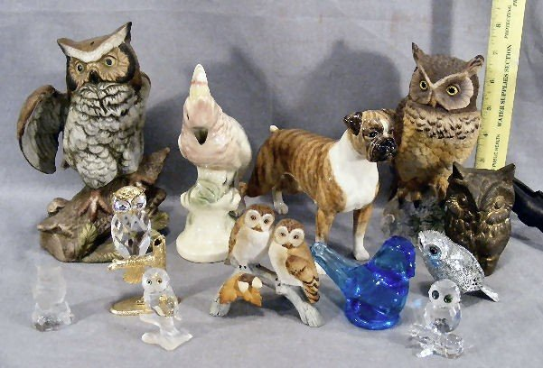 242T: Lot of owl figurines, Andrea, Goebel glass, Erphi