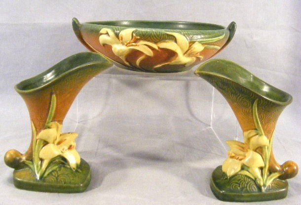 "11P: 3 pieces Roseville Zephyr Lily, bowl 8.75"" dia. An"
