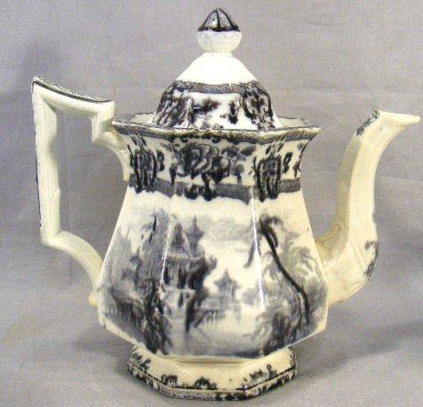 16P: Davenport mulberry teapot, Cypress pattern, no chi