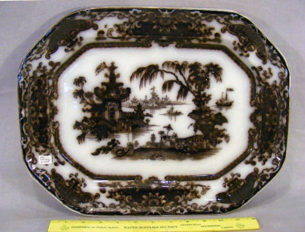 19P: Corean mulberry platter, very good condition, some