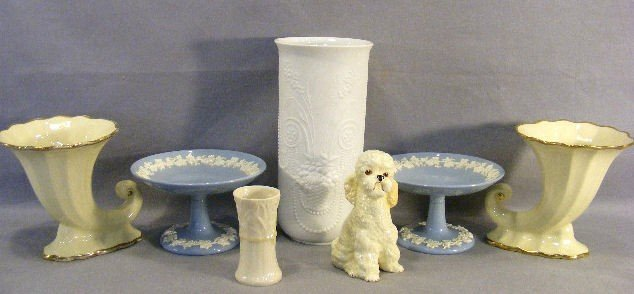 1J: Lot including pair of Wedgwood Queen's Ware compote