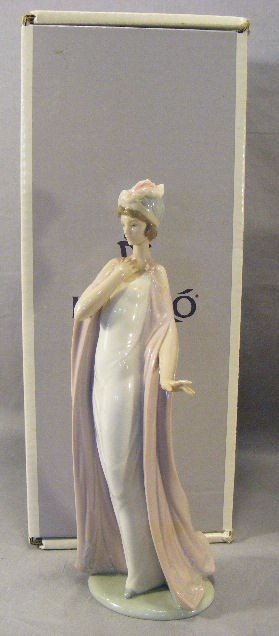 11Q: Lladro figurine #6403 first quality, mint in box