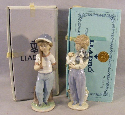 13Q: 2 Lladro collectors society figurines, mint in box