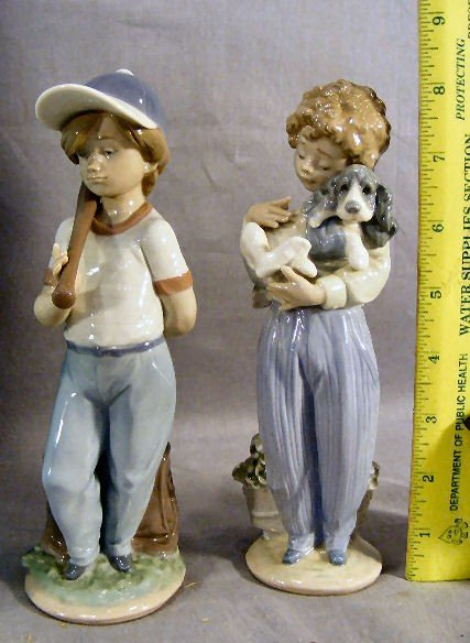 13Q: 2 Lladro collectors society figurines, mint in box - 2