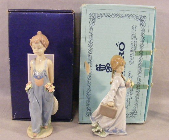 14Q: 2 Lladro collectors society figurines, mint in box
