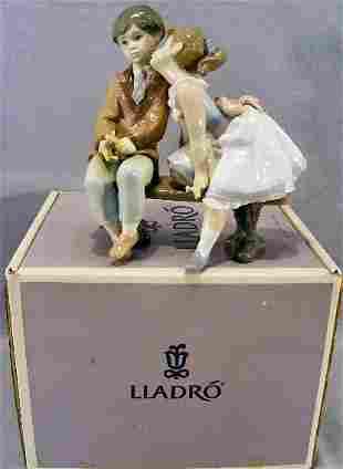 Lladro figurine #7635 first quality mint in box