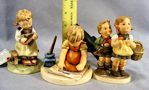 24H: Lot of three Hummel figurines, no damage or crazin