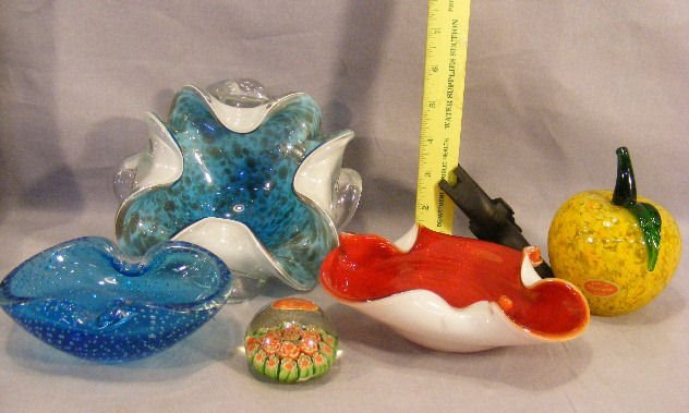 5A: Murano glass bowls, apple and milifiore paperweight