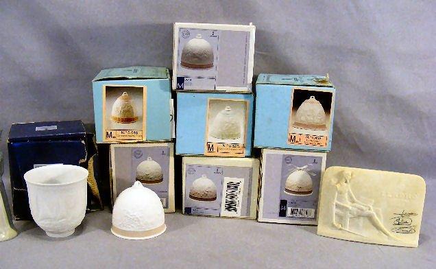 9A: Lot including 7 Lladro bells, Lladro Collectors Soc
