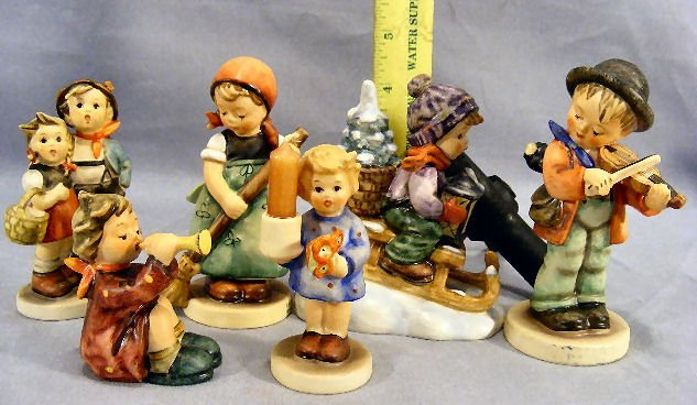 13M: Lot of six Hummel figurines, excellent condition,