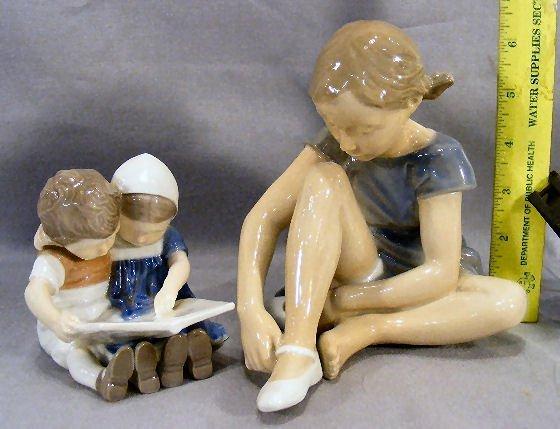22G: Bing & Grondahl figurine #1567 boy and girl readin