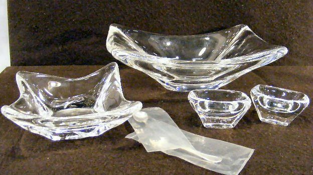"Daum France crystal 8.5"" bowl, 4.5"" square bowl, an"