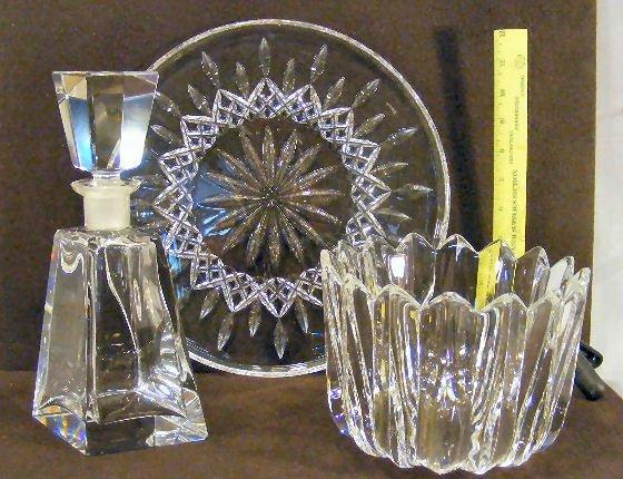 18L: Glass lot including deep Orrefors bowl, unmarked c