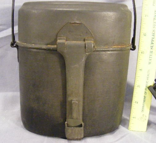 50R: German WWII mess kit with cup & folding fork/spoon - 2