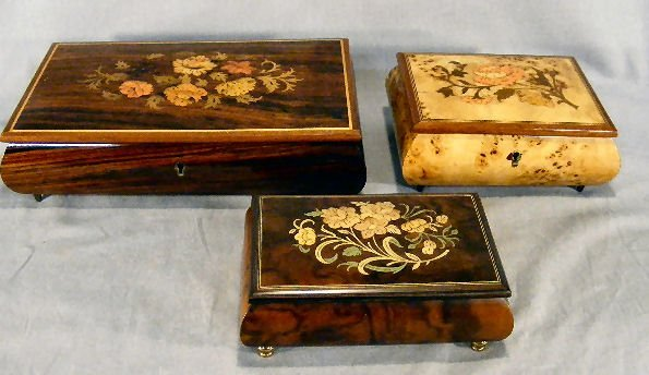 17E: Lot of three decorated wood music boxes, largest w