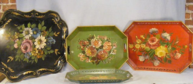 4A: Lot of four painted tole trays, largest measures 20
