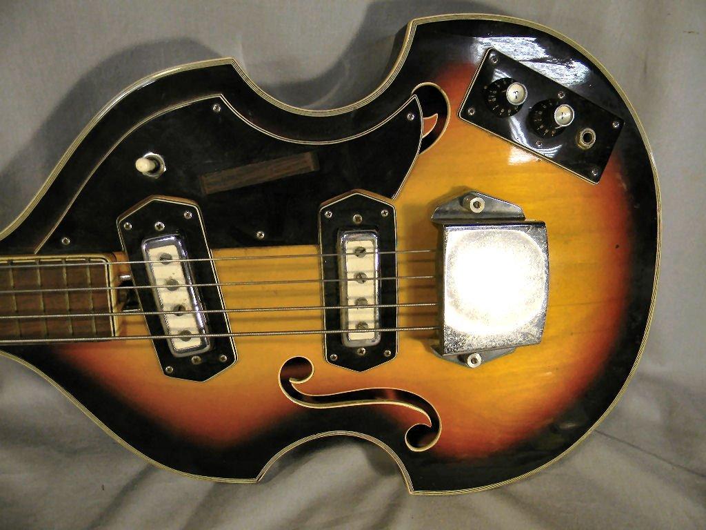 271B: Estate Royal Artist Bruno electric bass guitar, s