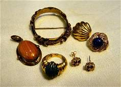 Lot of gold jewelry and scrap including two single 14K