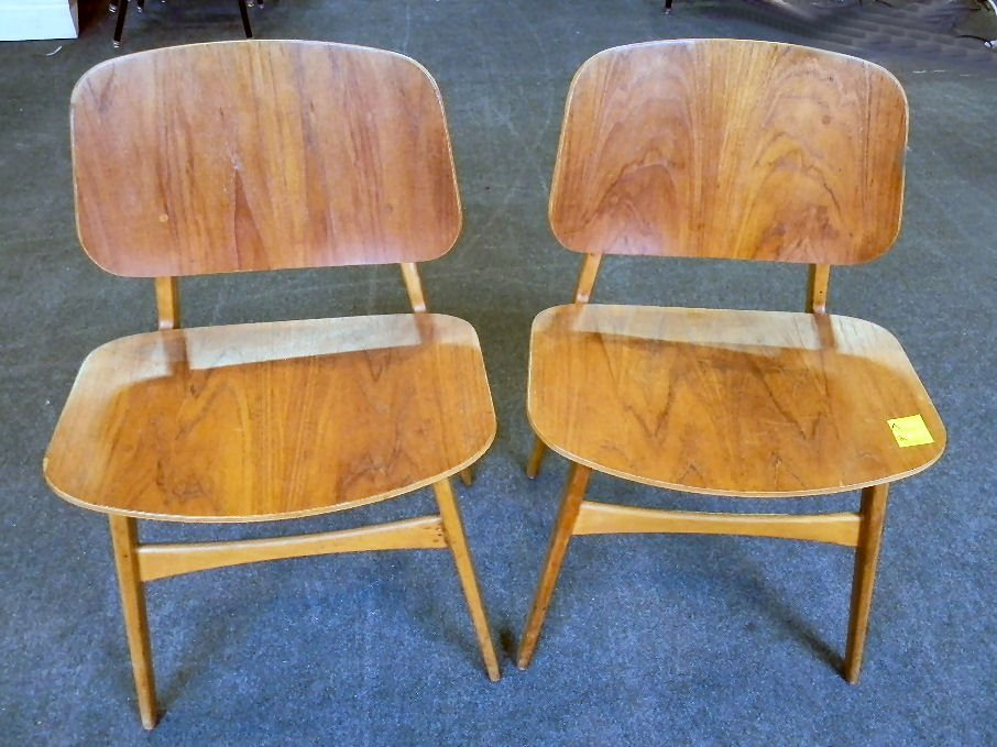 Pair of Borge Mogensen laminated chairs, stamped under