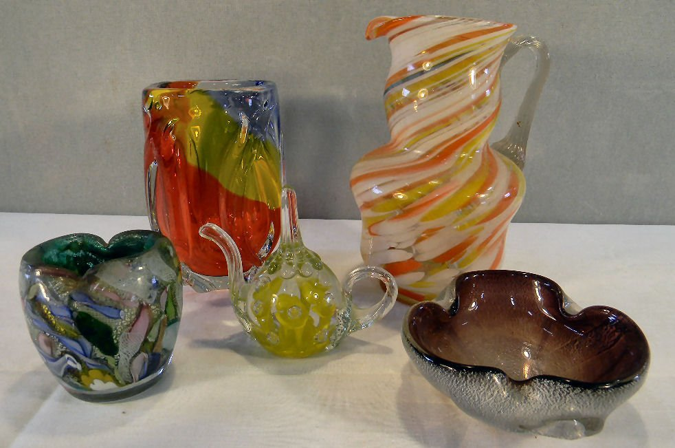 Lot of five Italian and misc. art glass pieces includin