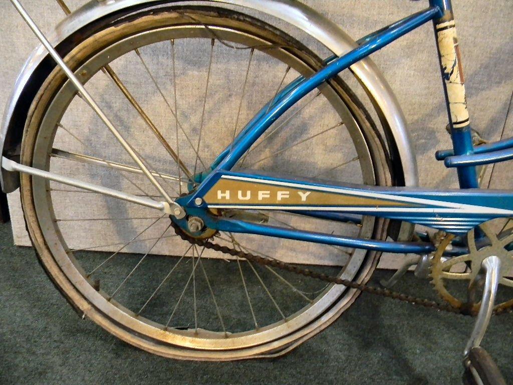 Vintage Huffy Eldorado girls bicycle - 3