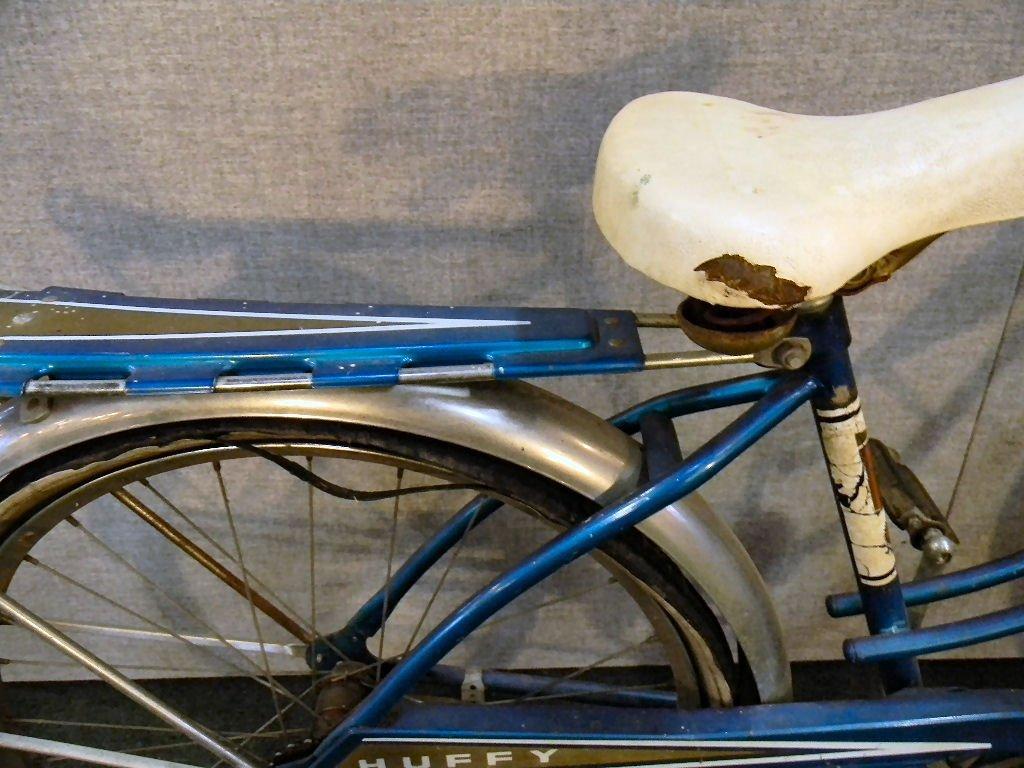 Vintage Huffy Eldorado girls bicycle - 4