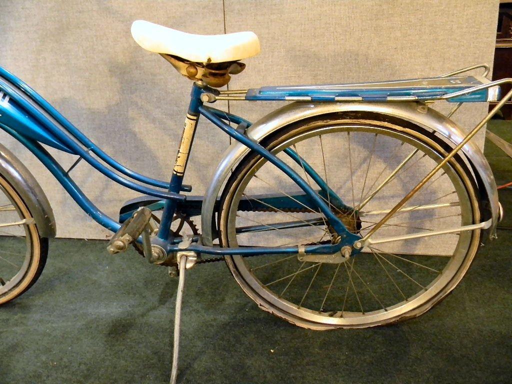 Vintage Huffy Eldorado girls bicycle - 6