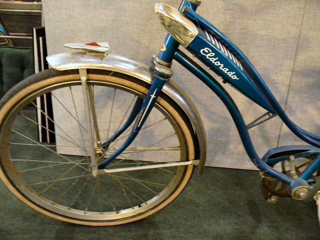Vintage Huffy Eldorado girls bicycle - 7