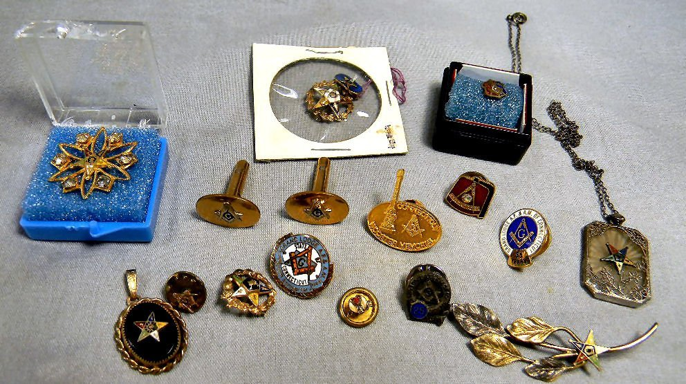 Lot of Masonic and Eastern Star jewelry, pins,