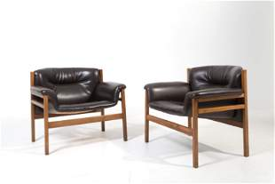 Tito Agnoli, Two armchairs in wood and black skay. 60s
