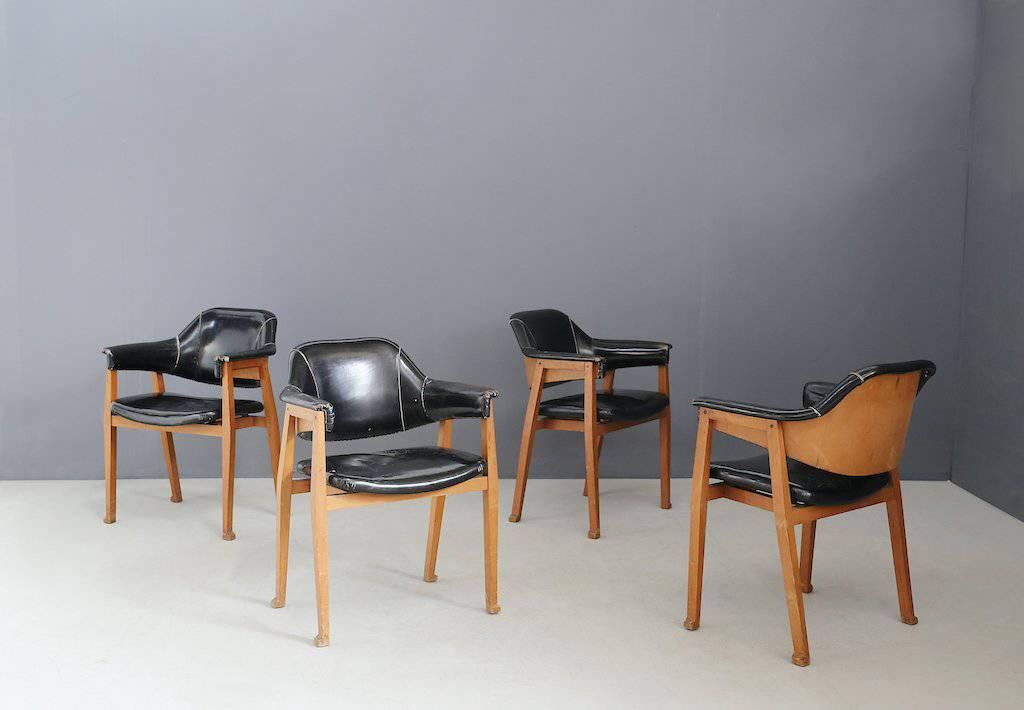 Charir four attr. To BBPR in leather and wood