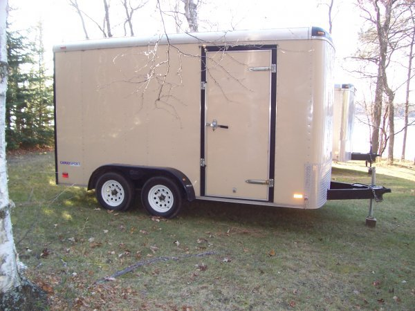 8S: 2000 PACE 14 Ft. Enclosed Trailer
