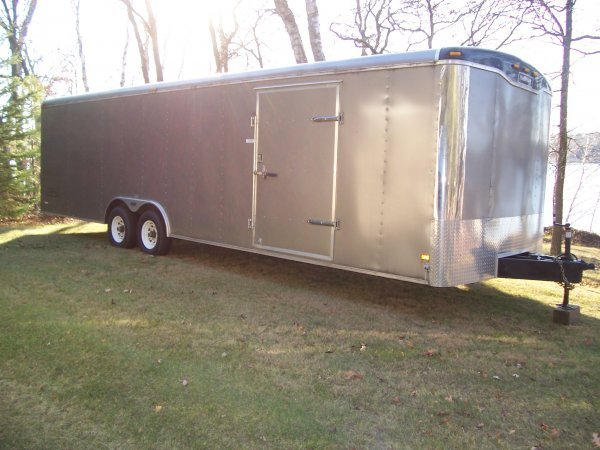 9S: 2003 Haulmark 28ft. Enclosed Trailer