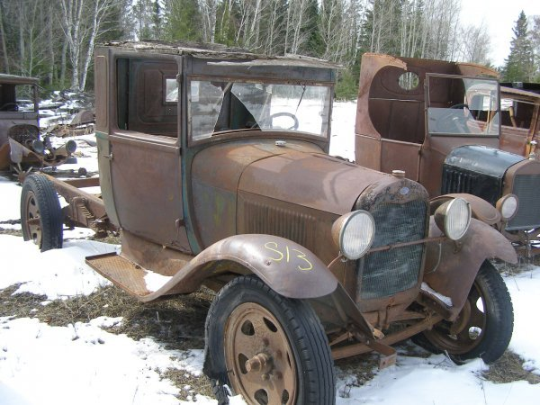 13S: 1928 FORD Model AA Truck for Rod or Restore