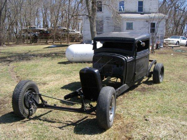 4A: 1932 Ford Model B Pickup Rat-Rod Rolling Body