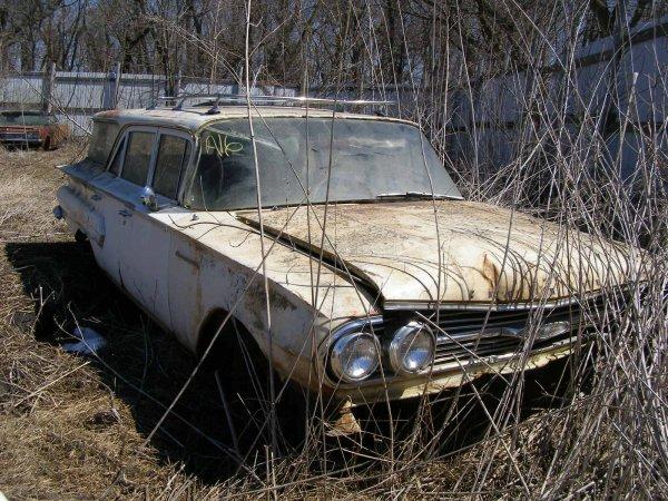 16A: 1960 Chevrolet Brookwood 4dr Wagon