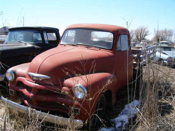 37A: 1954 Chevrolet 1/2 ton pickup with flatbed